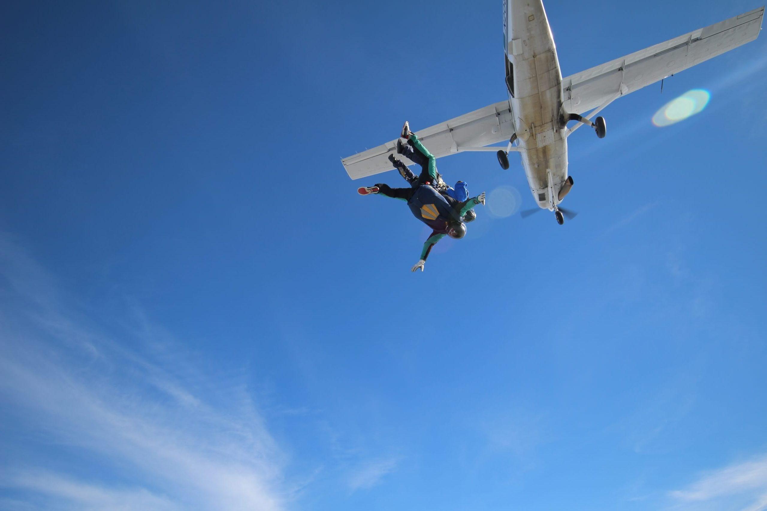 Bien préparer son premier saut en parachute